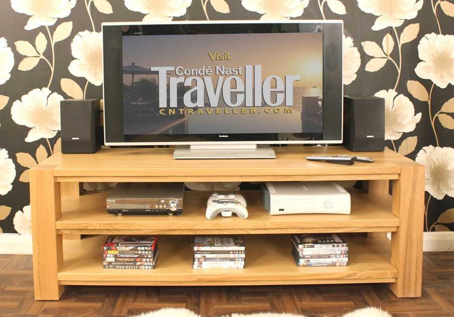 Impressive Wellknown Widescreen TV Cabinets Throughout Aston Oak Widescreen Open Television Cabinet Cvr09a (View 49 of 50)