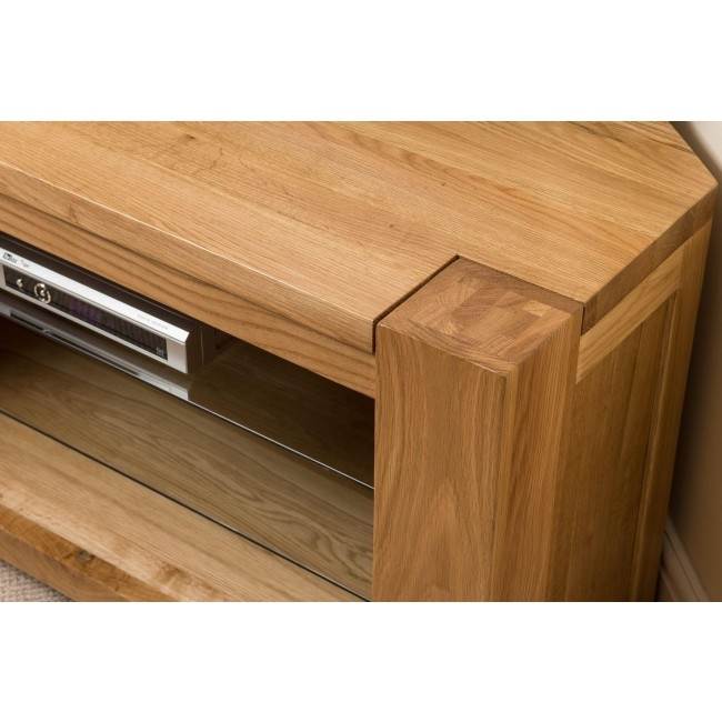 Innovative Best Solid Oak Corner TV Cabinets For Kuba Solid Oak Corner Tv Cabinet Oak Furniture King (Image 31 of 50)