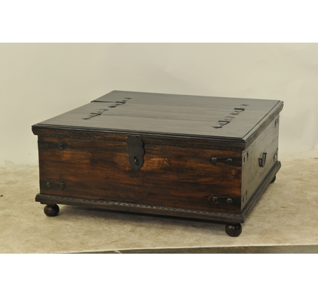Innovative Deluxe Large Trunk Coffee Tables Pertaining To Large Square Storage Chest Trunk Wood Box Coffee Table Unique (Image 30 of 50)