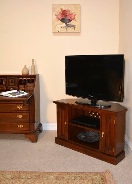 Innovative Elite Mahogany Corner TV Cabinets In Solid Mahogany Corner Tv Unit Cbn002 Lock Stock Barrel (View 17 of 50)