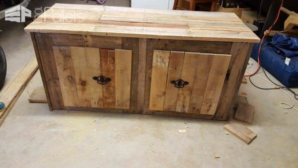 Innovative High Quality Rustic TV Cabinets In Rustic Tv Cabinetcupboard Pallet Ideas 1001 Pallets (Image 31 of 50)