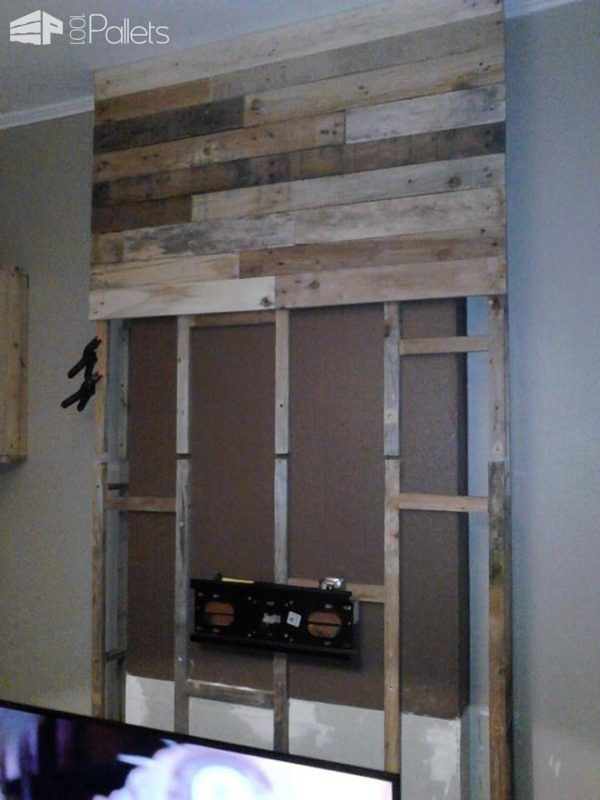 Innovative New Beam Through TV Stands Regarding Best 25 Pallet Tv Ideas On Pinterest Pallet Furniture Cheap Tv (Image 34 of 50)