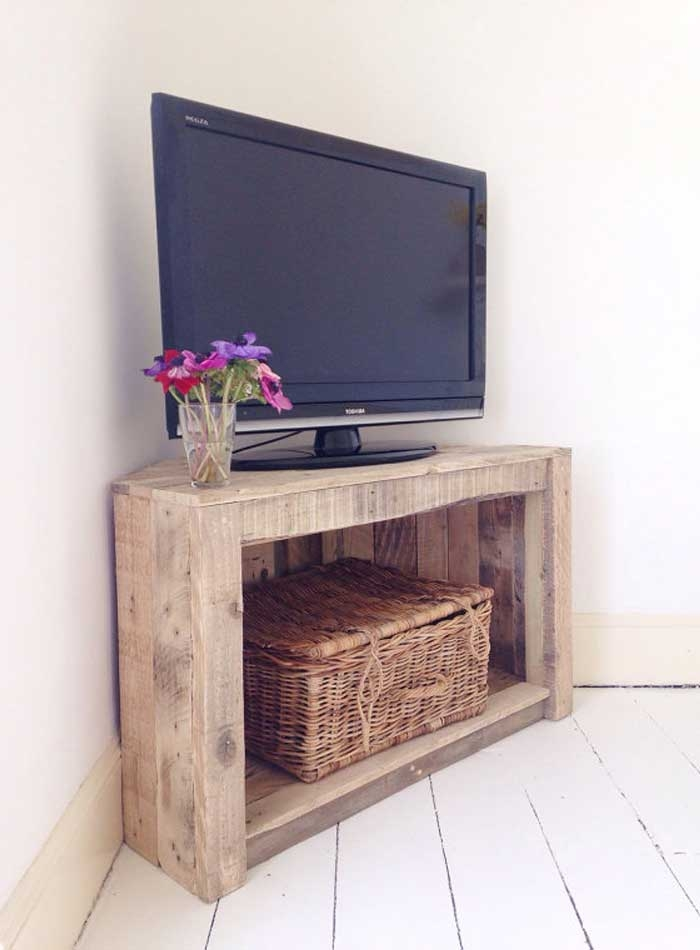 Innovative New Cheap Oak TV Stands Inside 50 Creative Diy Tv Stand Ideas For Your Room Interior Diy (Image 28 of 50)