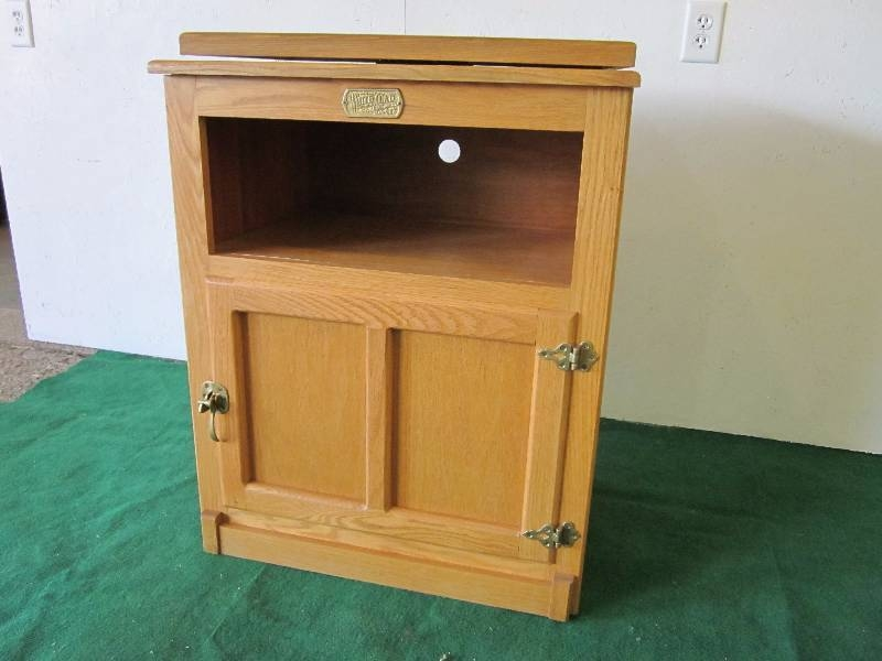 Innovative Popular Honey Oak TV Stands Inside Personal Property Remodeling Sale In Laporte Minnesota Lake (View 41 of 50)
