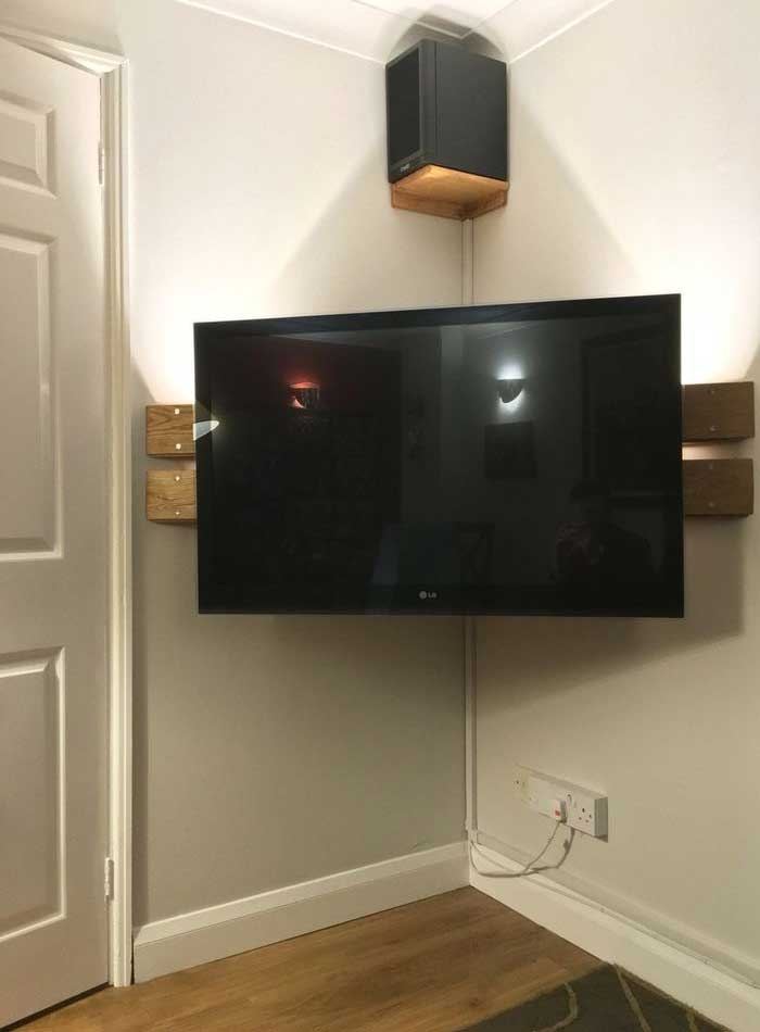 Innovative Preferred 50 Inch Corner TV Cabinets Intended For 50 Creative Diy Tv Stand Ideas For Your Room Interior Diy (View 41 of 50)