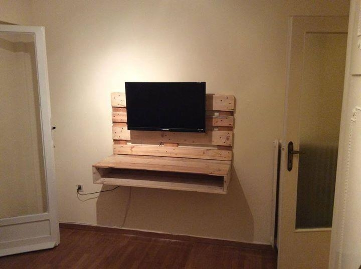 Innovative Series Of Wall Mounted TV Stands With Shelves Regarding Diy Pallet Wall Hanging Tv Stand With Storage 99 Pallets (Image 40 of 50)