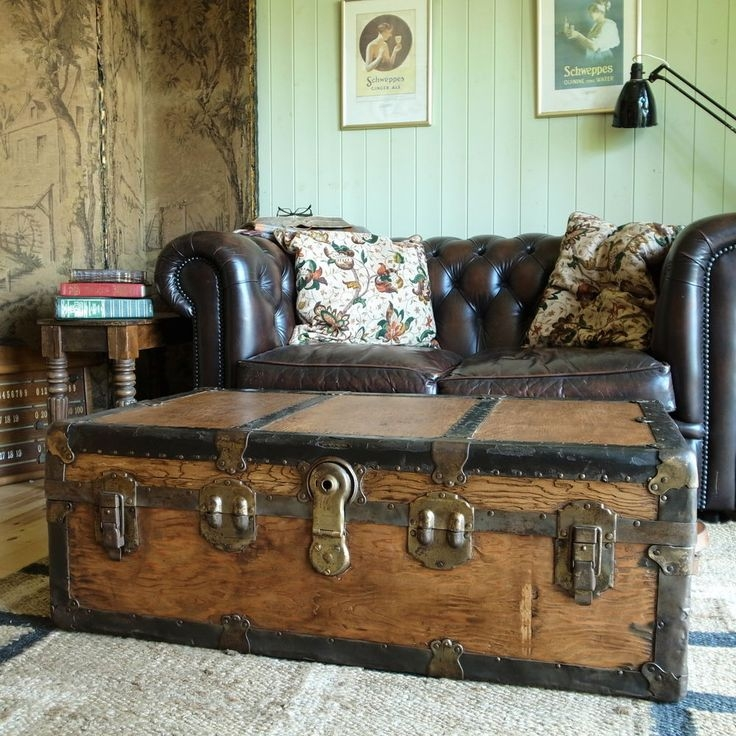 Innovative Well Known Steamer Trunk Stainless Steel Coffee Tables In Best 25 Trunk Coffee Tables Ideas On Pinterest Wood Stumps (View 36 of 50)