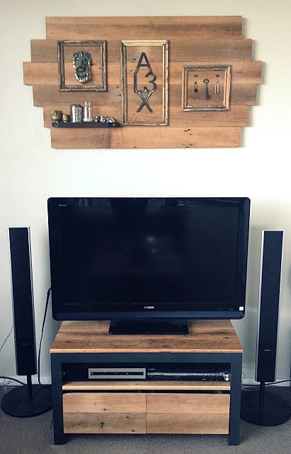 Innovative Widely Used Funky TV Stands With Party Junk 202 Cool Diy Tv Standsfunky Junk Interiors (Image 35 of 50)