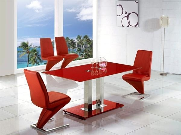 Jet Arctic Vo1 Red Glass Dining Table, Glass Dining Table And Chairs With Regard To Red Dining Table Sets (Photo 12 of 20)