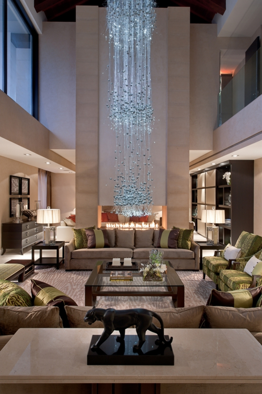 Luxury Chandelier Foe Your Living Room 2 Pertaining To Living Room Chandeliers (View 8 of 25)