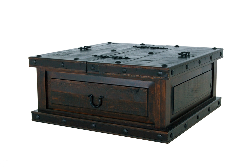 Magnificent Best Storage Trunk Coffee Tables With Regard To Rustic Trunk Coffee Table (Image 40 of 50)