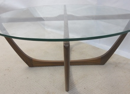 Magnificent Latest Circular Coffee Tables For Furniture Triangle Modern Coffee Table With Round Glass Top The (View 18 of 40)