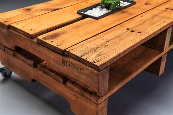 Magnificent Latest Rustic Coffee Table With Wheels Pertaining To Rustic Yet Modern Pallet Coffee Table With Wheels Pallet (Image 32 of 50)