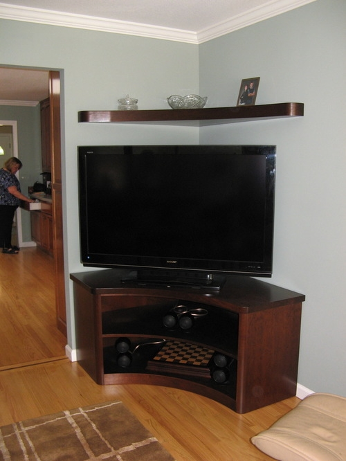 Magnificent Variety Of Triangle TV Stands Pertaining To Tv Stands Modern Glass Corner Tv Stands For Flat Screen Tvs Ideas (Image 32 of 50)