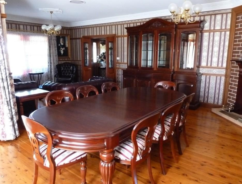 Mahogany Dining Table Ideas Glamorous Mahogany Dining Room Sets Inside Mahogany Dining Tables Sets (Image 20 of 20)