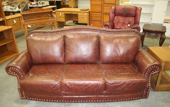 Marvelous Nailhead Leather Sofa Leather Sofas Buy Leather Sofas With Brown Leather Sofas With Nailhead Trim (View 1 of 20)