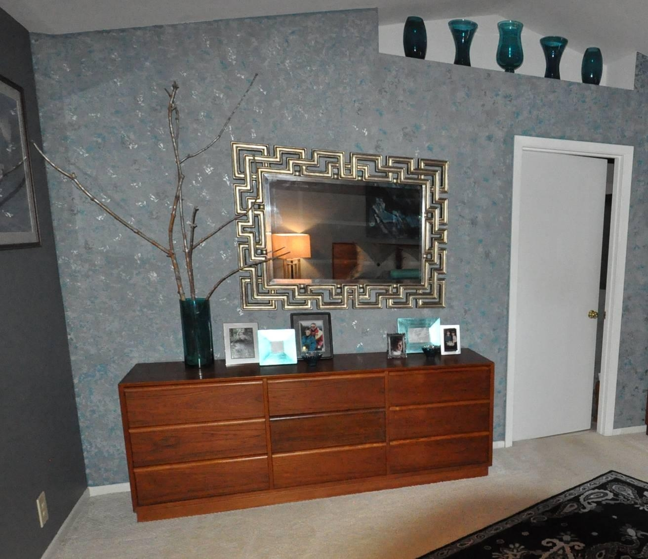 Mirror Living Room Sparkle – Carameloffers In Glitter Wall Mirror (Image 12 of 20)