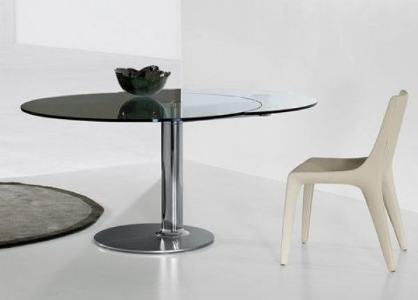 Modern Furnitures Within Glass Round Extending Dining Tables (View 10 of 20)