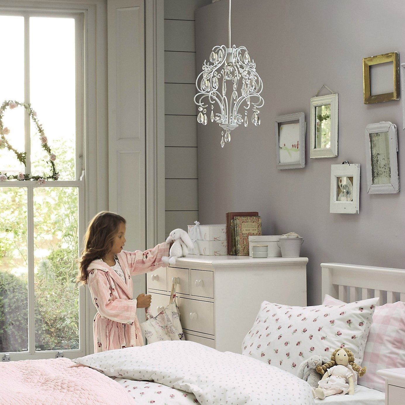 Outstanding Childrens Bedroom Chandeliers And Purchasing Proper Within Kids Bedroom Chandeliers (Image 21 of 25)