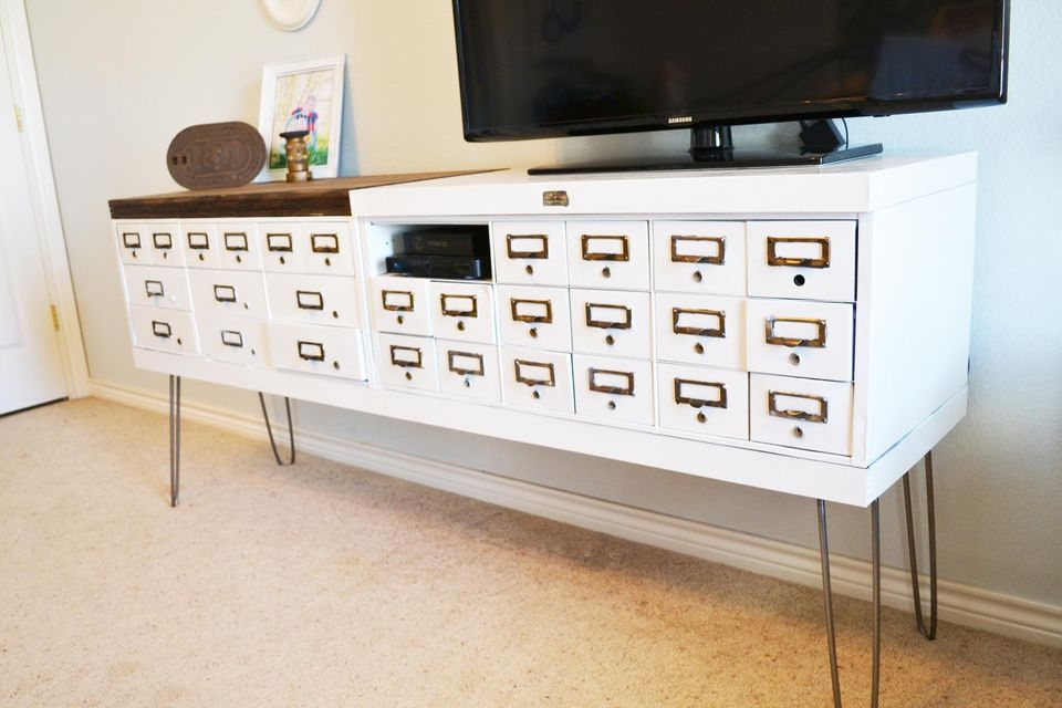 Remarkable Best TV Stands For Small Spaces Within 5 Diy Tv Stands That Hide Ugly Cable Boxes And Wires (Image 45 of 50)