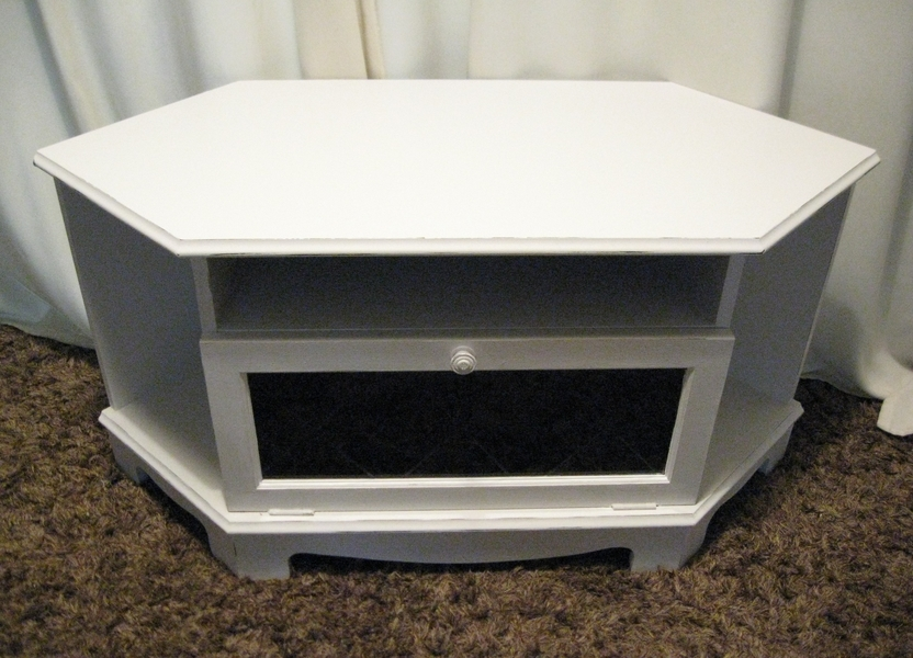 Remarkable Famous White Corner TV Cabinets Pertaining To White Corner Tv Unit Tv Stands White High Gloss Tv Stand White (Image 37 of 50)