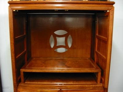 Remarkable Preferred Enclosed TV Cabinets With Doors In Rosewood Tv Hutch Cabinet With Pocket Doors (Image 38 of 50)