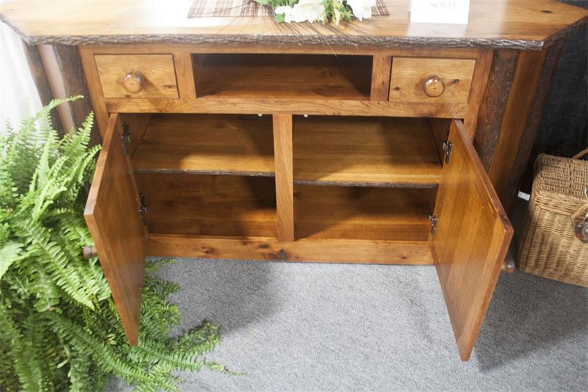 Remarkable Preferred Rustic Corner TV Stands Pertaining To Amish Rustic Corner Tv Stand (View 33 of 50)