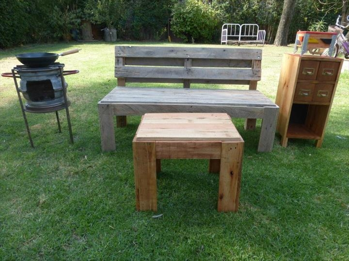 Remarkable Variety Of Wooden Garden Coffee Tables Pertaining To Pallet Lawn Bench And Coffee Table 99 Pallets (Image 41 of 50)