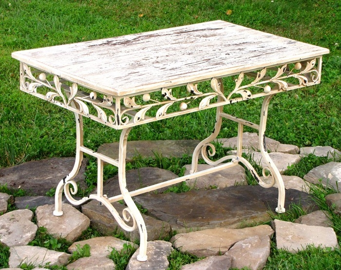 Remarkable Well Known Wooden Garden Coffee Tables In Wooden Top Garden Coffee Table (View 39 of 50)