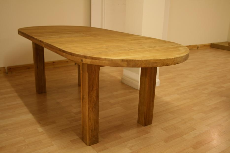 Round Dining Table Extends To Oval Regarding Extending Solid Oak Dining Tables (Image 13 of 20)