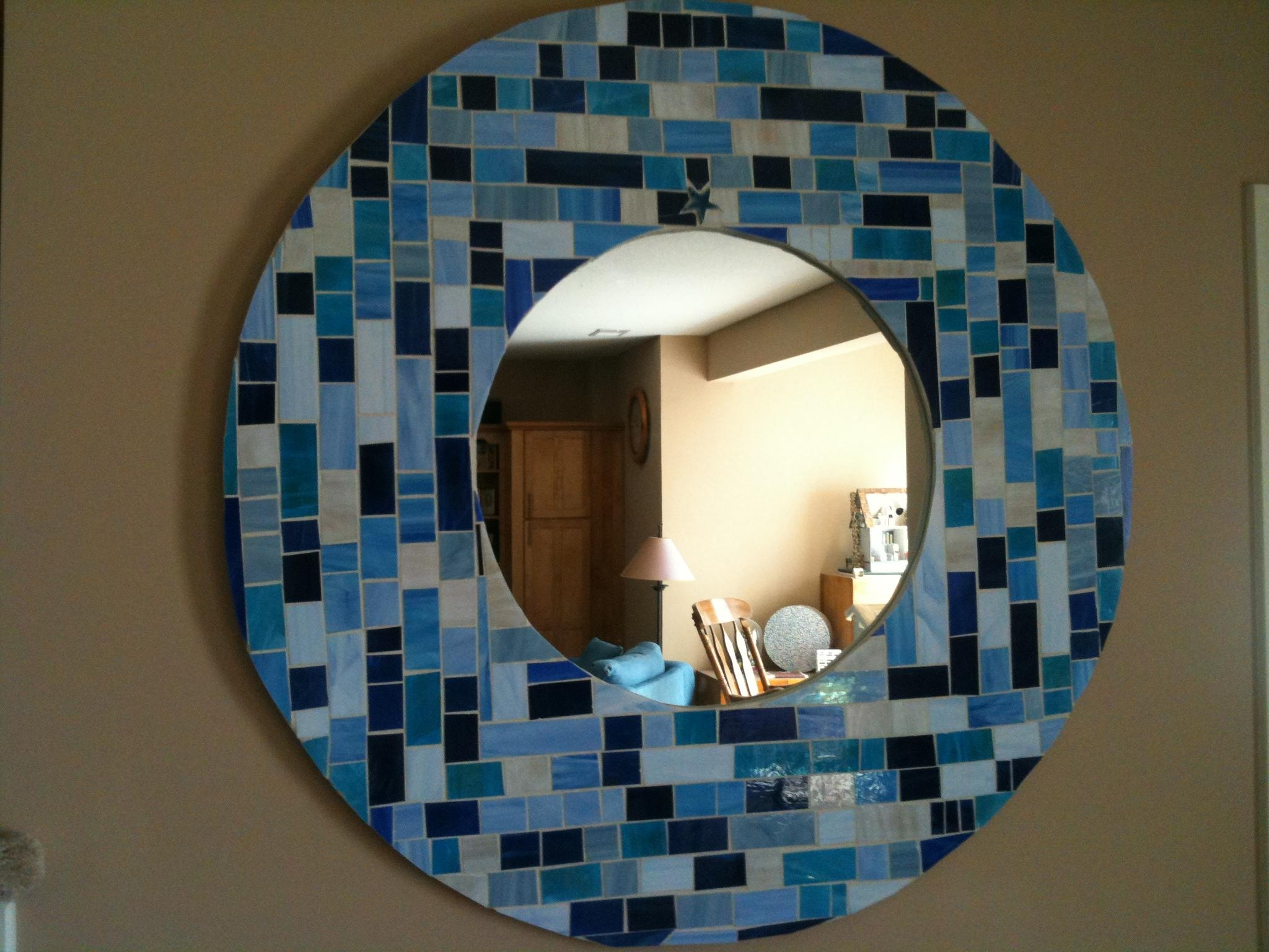 Round Mosaic Mirror In Shades Of Blue (Image 16 of 20)