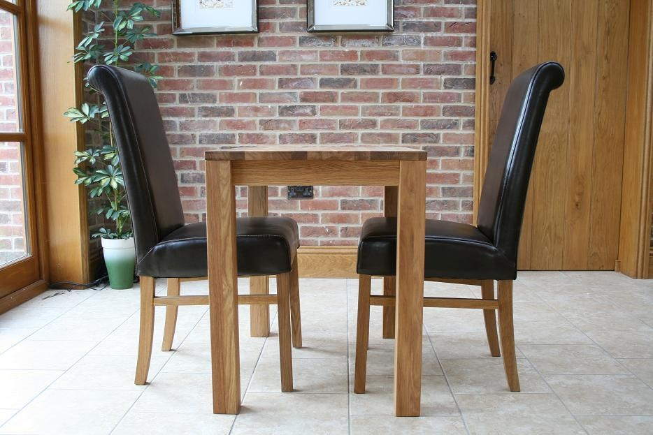Small Kitchen Table And Chairs Uk Regarding Small Oak Dining Tables (Image 14 of 20)