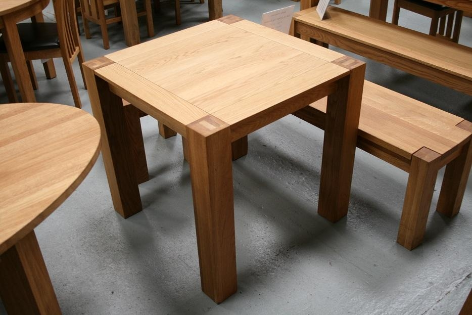 Featured Image of Small Oak Dining Tables