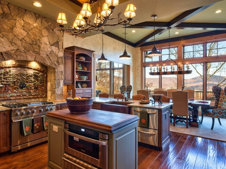 Small Rustic Kitchen Designs White Bar Stools Seats Backrests Inside Small Rustic Kitchen Chandeliers (View 15 of 25)