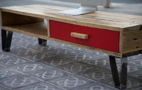 Stunning Best Red Modern TV Stands Intended For Diy Pallet Tv Stand With Drawer 101 Pallets (Image 43 of 50)