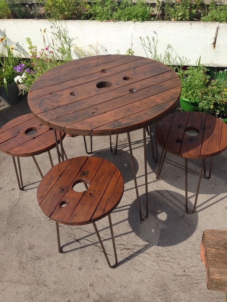Stunning Elite Wooden Garden Coffee Tables Within Best 25 Wooden Garden Furniture Sets Ideas Only On Pinterest (View 31 of 50)