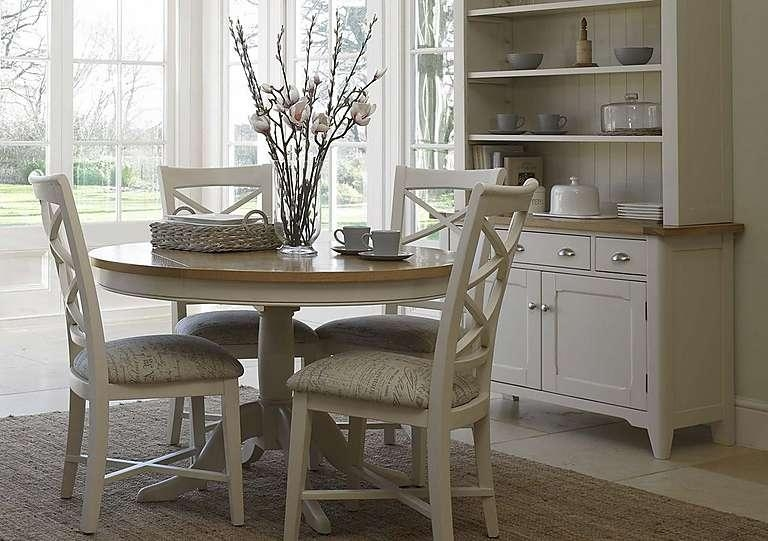 Stunning Extending Round Dining Table And Chairs Class Wooden Oval In Circular Extending Dining Tables And Chairs (Image 19 of 20)