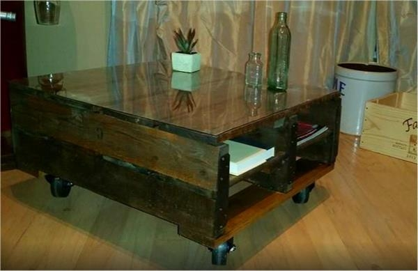 Stunning Famous Coffee Tables With Magazine Storage Intended For Diy Pallet Coffee Table With Magazine Storage Pallet Furniture Diy (Image 37 of 50)