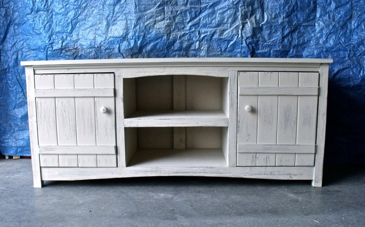 Stunning Fashionable White Wooden TV Stands With Regard To Ana White Tv Stand Diy Projects (Image 43 of 50)