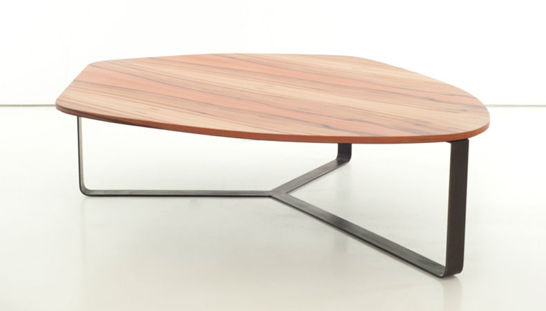 Stunning Favorite Curve Coffee Tables Intended For Curve Coffee Table (Image 44 of 50)