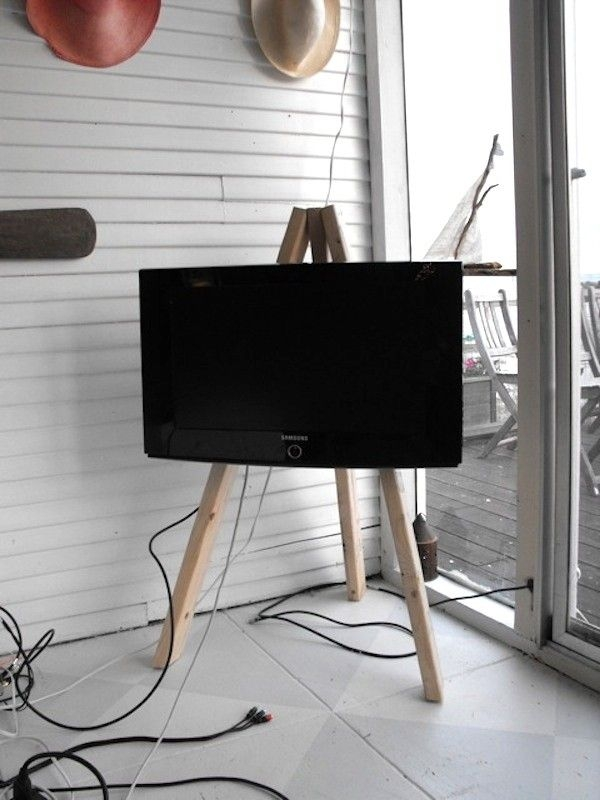 Stunning Favorite Easel TV Stands For Flat Screens Pertaining To 8 Best What To Do With Tv Images On Pinterest Easels Flat (View 34 of 50)