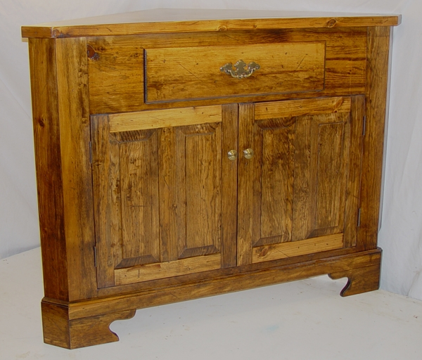Stunning Wellknown Rustic Corner TV Cabinets Regarding Rustic Lodge Log And Timber Furniture Handcrafted From Green (Image 44 of 50)