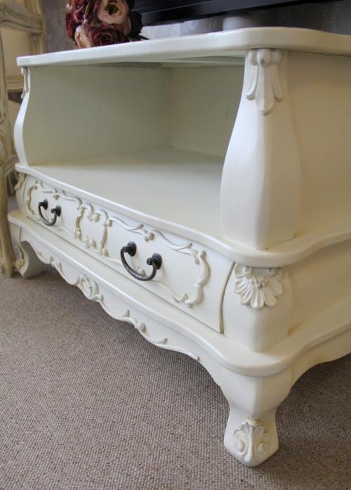 Stunning Wellliked Cream TV Cabinets Within Tv Cabinet In Ivory Melody Maison (Image 45 of 50)