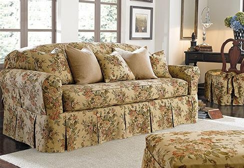 Featured Image of Floral Sofa Slipcovers