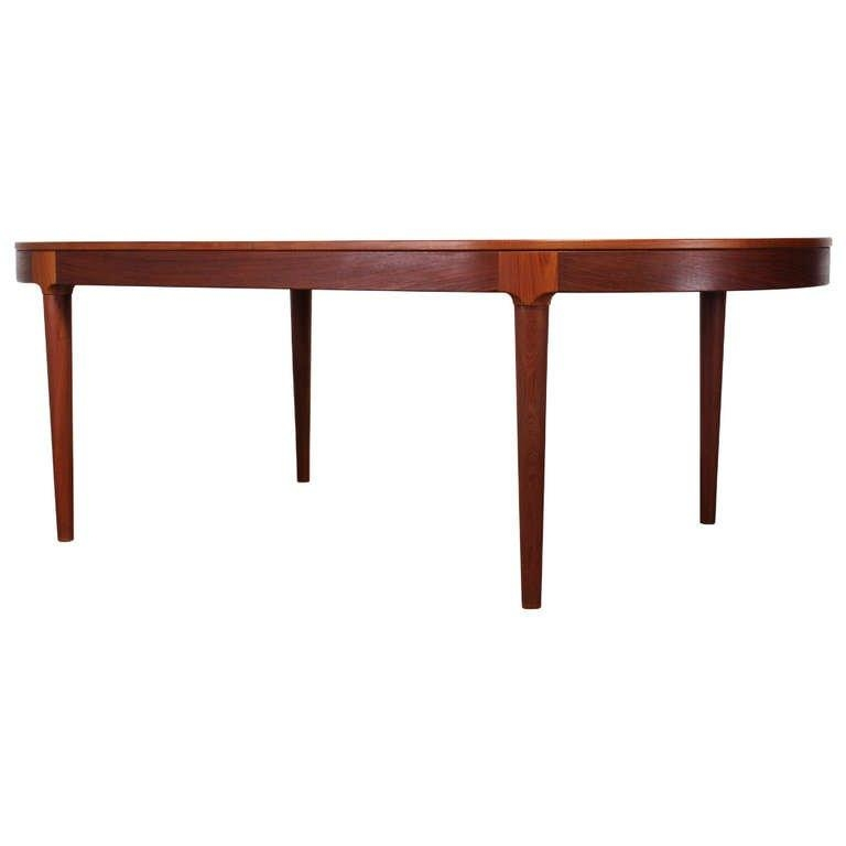 Teak Danish Dining Tablehovmand Olsen For Mogens Kold With Regard To Danish Dining Tables (View 17 of 20)
