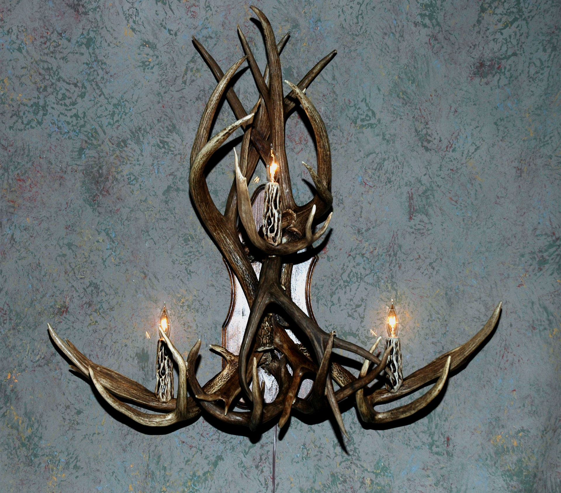 The Teton Antler Chandelier 122683 Lighting At Sportsmans Guide In Free Standing Chandelier Lamps (Image 23 of 25)
