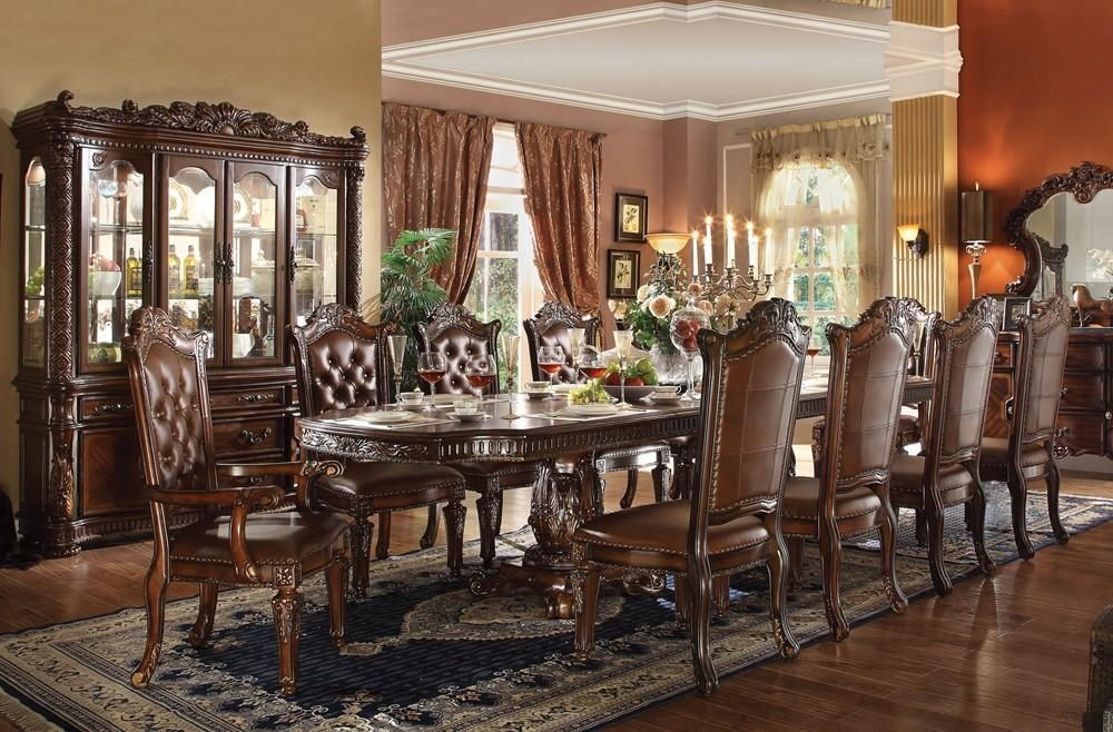 Traditional Formal Living Room Dining Table Set Traditional Top 25 Regarding Traditional Dining Tables (Image 19 of 20)