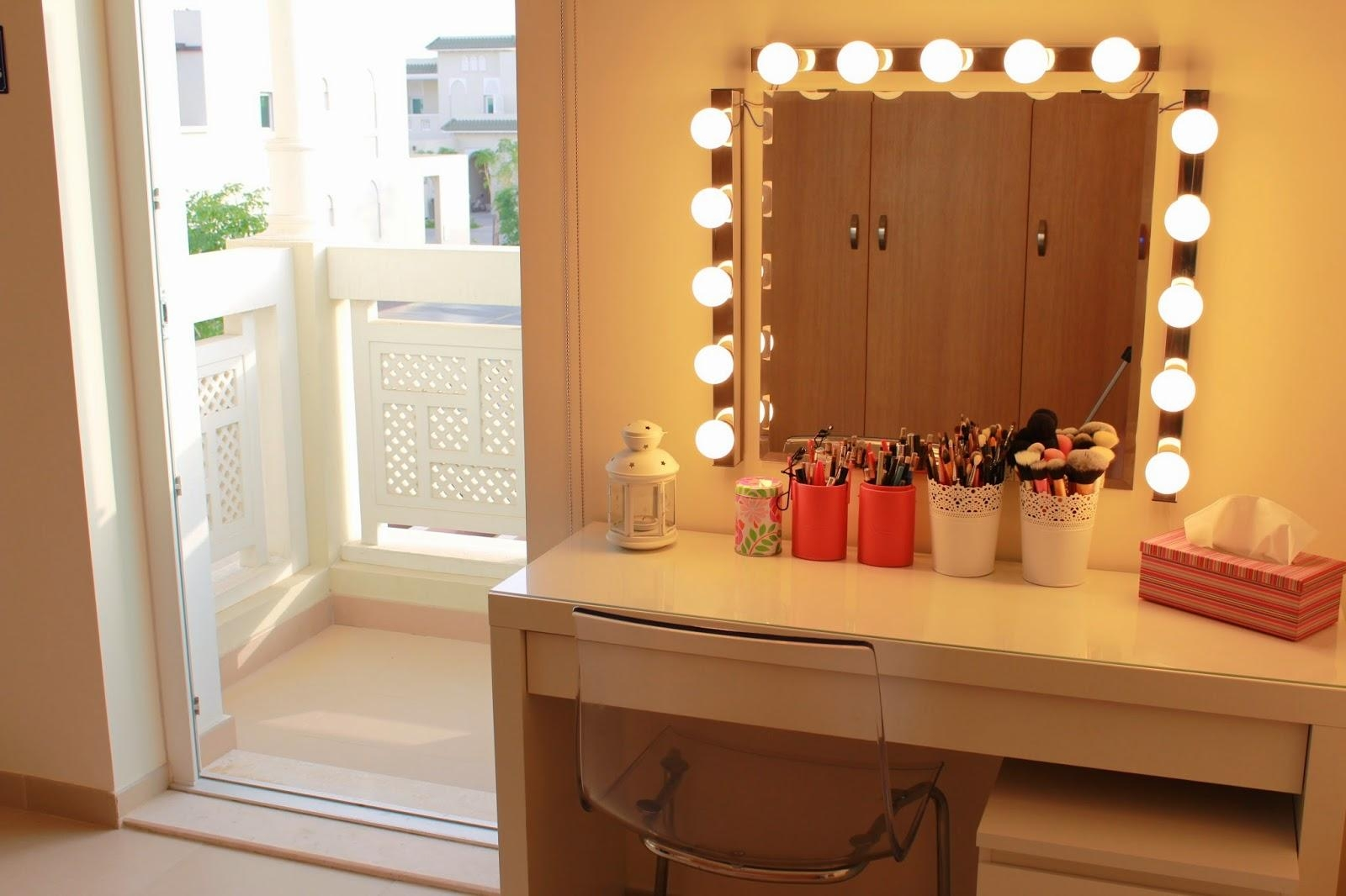 Vanity Dressing Table With Mirror And Lights | Creative Vanity Within Illuminated Dressing Table Mirror (View 18 of 20)