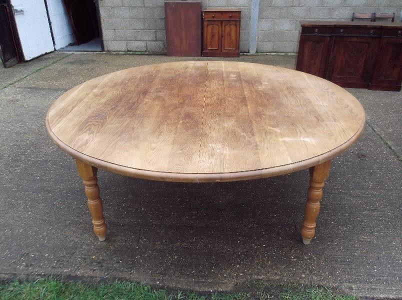 Vintage Round Dining Table – Starrkingschool Intended For Huge Round Dining Tables (Photo 8 of 20)