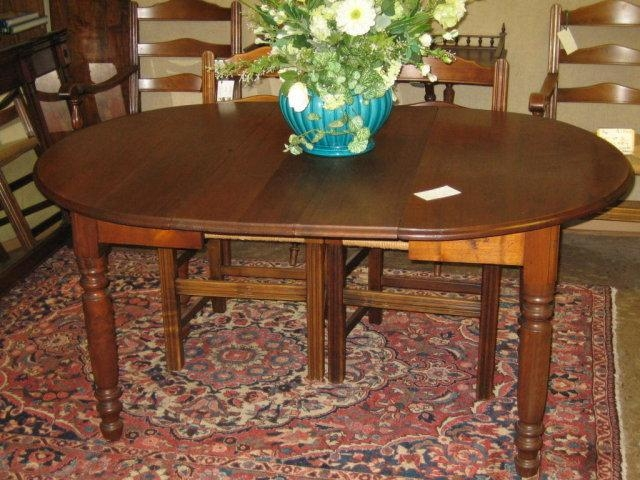 Walnut Oval Extending Dining Table For Sale | Antiques With Regard To Oval Dining Tables For Sale (Image 20 of 20)